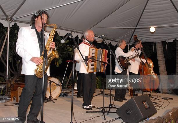 K a r l M o i k Alfredo Mitglieder der 'Combo Alfredo' MusikShow 'Aloha Servus' 'Sheraton Hotel' Honolulu Insel Oahu Hawaii Amerika USA Auftritt...