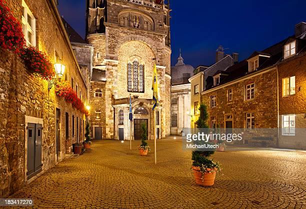 Aachen Domhof At Night