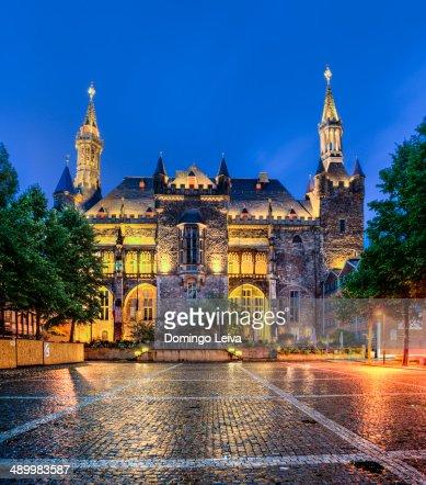 Aachen town hall at night.
