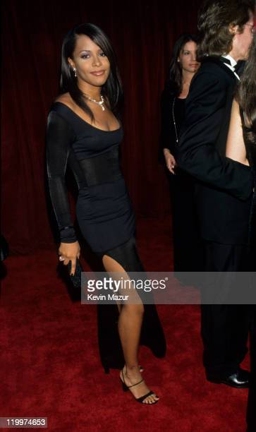 Aaliyah attends the 70th Annual Academy Awards at the Shrine Auditorium on March 23 1998 in Los Angeles California