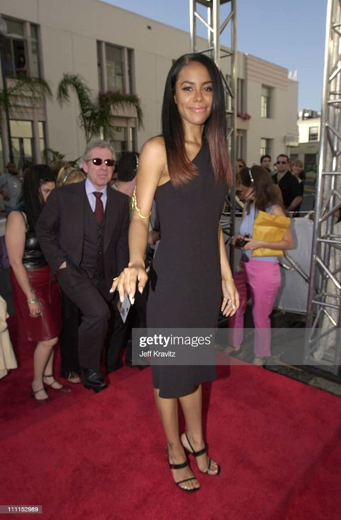 Aaliyah during 2000 MTV Movie Awards at Sony Studios in Culver City, California, United States.