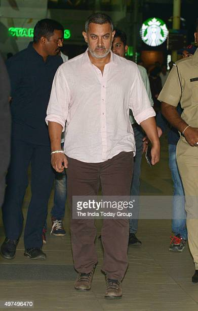 Aamir Khan post his injury spotted at Mumbai airport