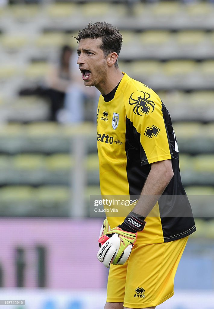 A<a gi-track='captionPersonalityLinkClicked' href=/galleries/search?phrase=Antonio+Mirante&family=editorial&specificpeople=2114402 ng-click='$event.stopPropagation()'>Antonio Mirante</a> of Parma FC reacts during the Serie A match between Parma FC and S.S. Lazio at Stadio Ennio Tardini on April 28, 2013 in Parma, Italy.