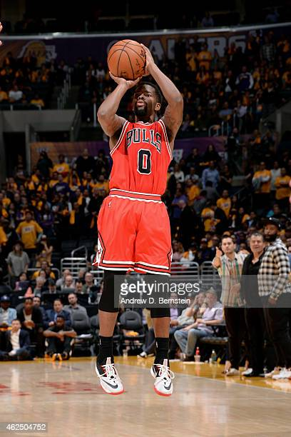 Aaron Brooks of the Chicago Bulls shoots against the Los Angeles Lakers at STAPLES Center on January 29 2015 in Los Angeles California NOTE TO USER...
