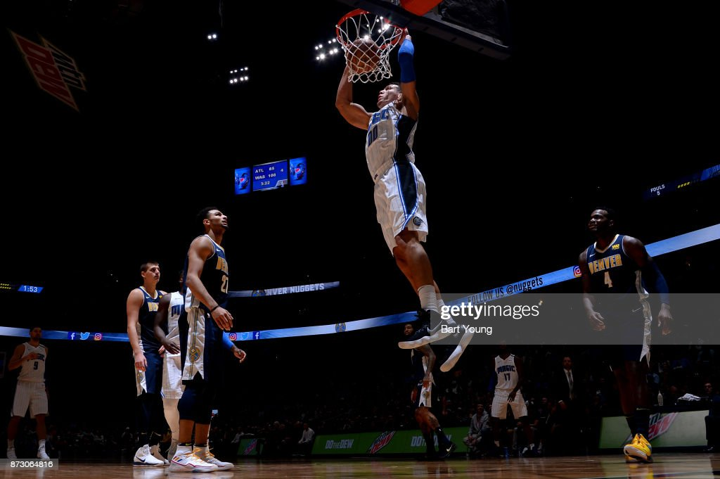 Aaron Gordon #00 of the Orlando Magic dunks against the Denver Nuggets on November 11, 2017 at the Pepsi Center in Denver, Colorado.