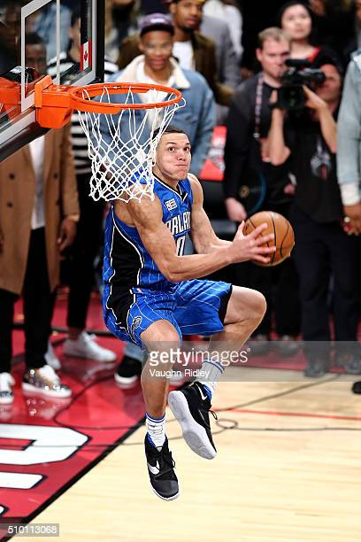 Aaron Gordon of the Orlando Magic dunks in the Verizon Slam Dunk Contest during NBA AllStar Weekend 2016 at Air Canada Centre on February 13 2016 in...