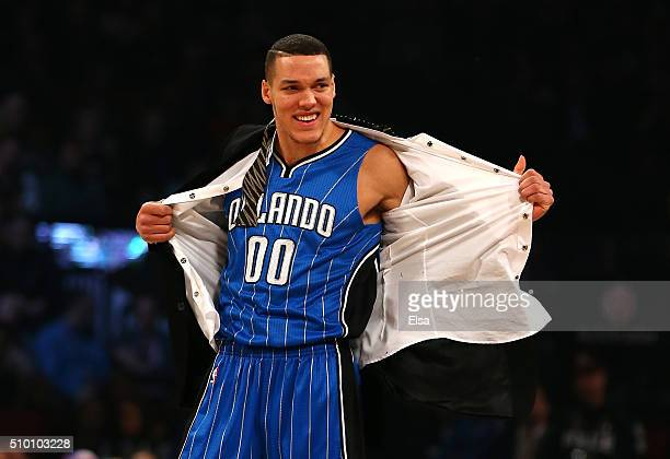 Aaron Gordon of the Orlando Magic prepares for a dunk in the Verizon Slam Dunk Contest during NBA AllStar Weekend 2016 at Air Canada Centre on...