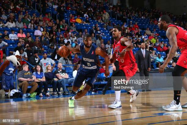 Aaron Harrison of the Delaware 87ers against Wesley Saunders of the Windy City Bulls during the game on March 25 2017 at Bob Carpenter Center in...