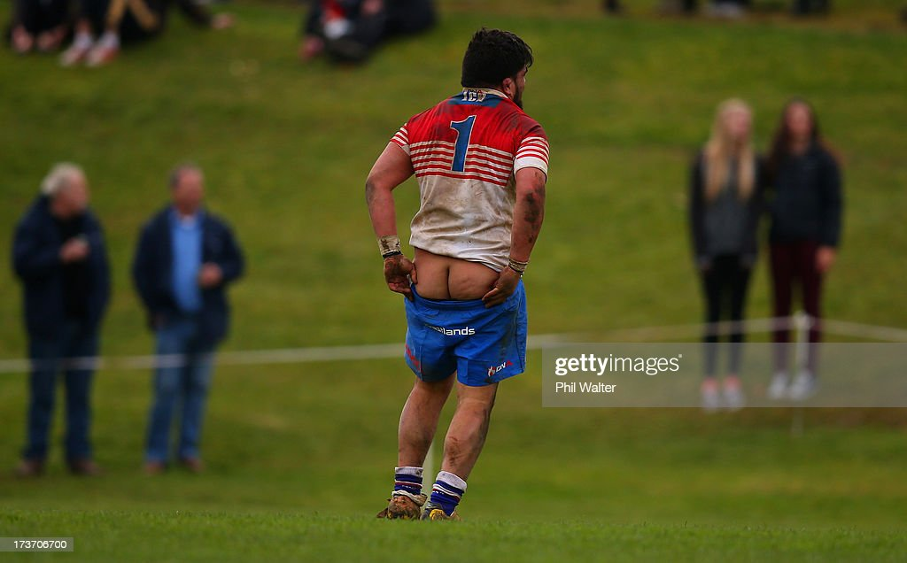 Aaron Kearney of Horowhenua-Kapiti pulls up his shorts during the Ranfurly Shield match between Waikato and Horowhenua-Kapiti at the Morrinsville Domain on July 17, 2013 in Morrinsville, New Zealand.