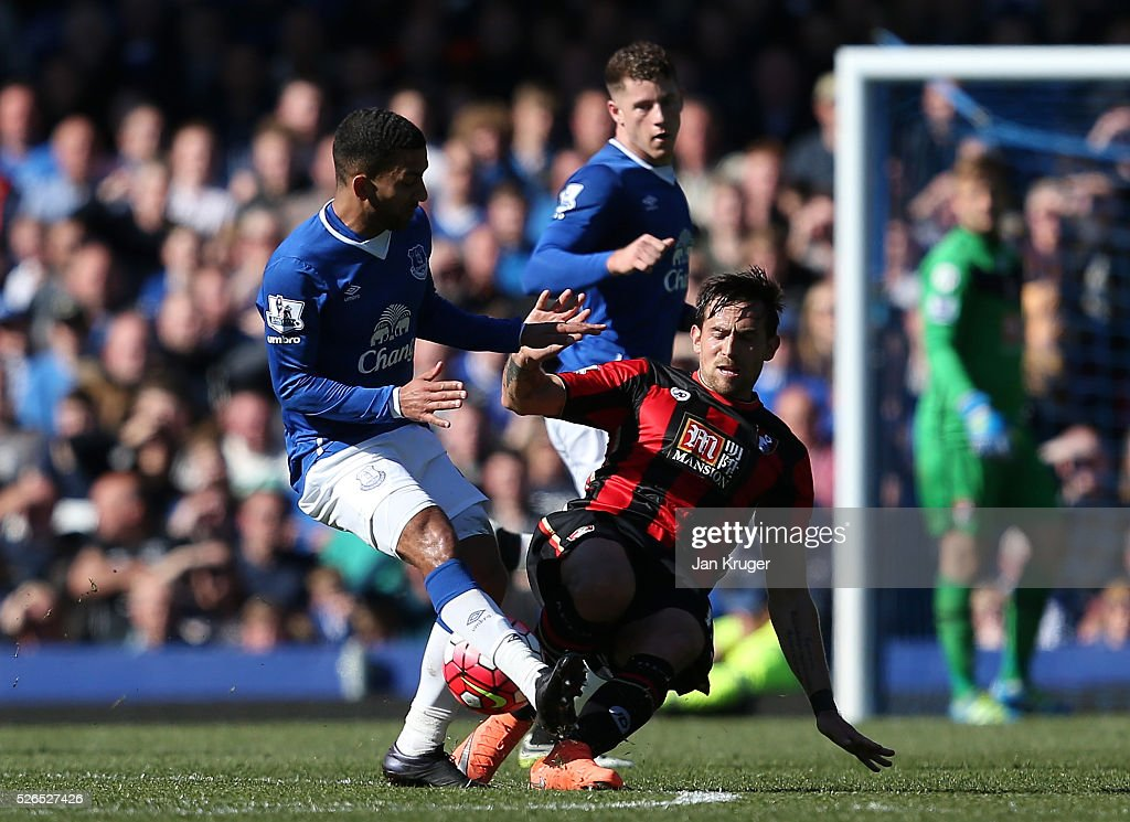 Aaron Lennon of Everton and Charlie Daniels of Bournemouth compete for the ball during the Barclays Premier League match between Everton and A.F.C. Bournemouth at Goodison Park on April 30, 2016 in Liverpool, England.