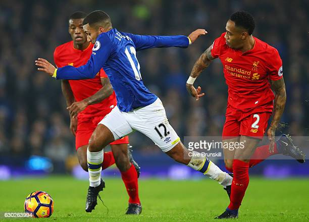 Aaron Lennon of Everton evades Nathaniel Clyne of Liverpool during the Premier League match between Everton and Liverpool at Goodison Park on...