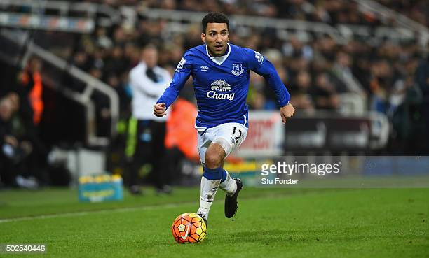 Aaron Lennon of Everton in action during the Barclays Premier League match between Newcastle United and Everton at St James' Park on December 26 2015...
