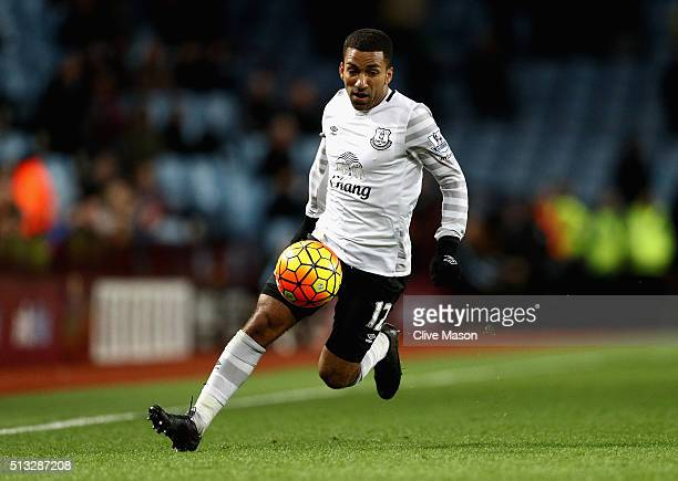 Aaron Lennon of Everton in action during the Barclays Premier League match between Aston Villa and Everton at Villa Park on March 1 2016 in...