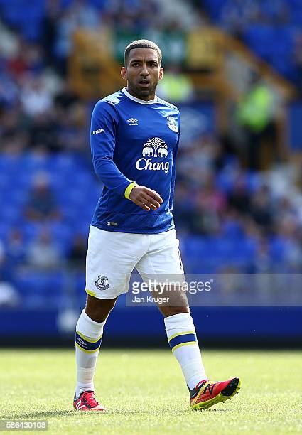 Aaron Lennon of Everton in action during the preseason friendly match between Everton and Espanyol at Goodison Park on August 6 2016 in Liverpool...