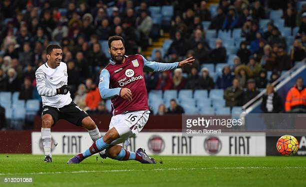 Aaron Lennon of Everton scores his team's second goal during the Barclays Premier League match between Aston Villa and Everton at Villa Park on March...