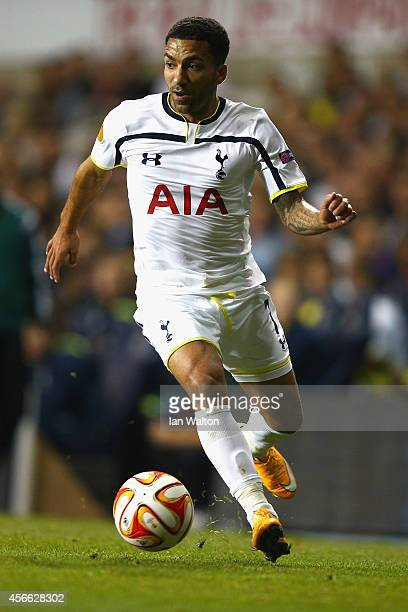 Aaron Lennon of Spurs on the ball during the UEFA Europa League Group C match between Tottenham Hotspur FC and Besiktas JK at White Hart Lane on...