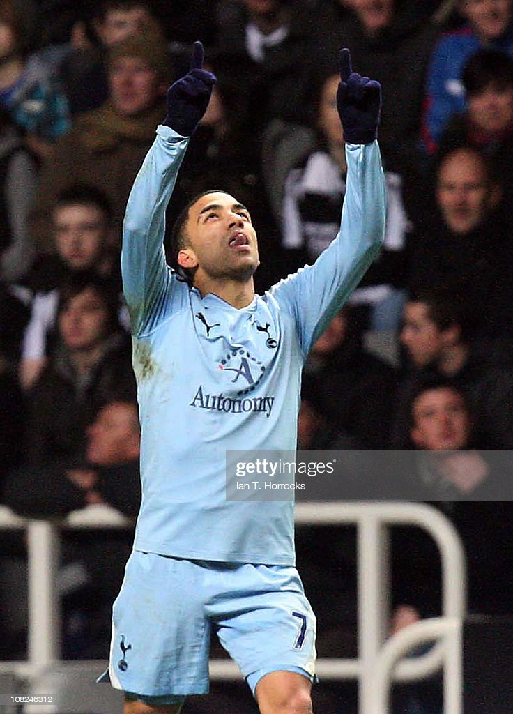 Aaron Lennon of Tottenham celebrates the equalizing goal during the Barclays Premier league match between Newcastle United and Tottenham Hotspur at St James' Park on January 22, 2011 in Newcastle upon Tyne, United Kingdom.