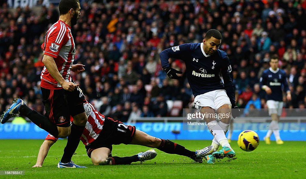Aaron Lennon of Tottenham scores his teams second goal during the Barclays Premier League match between Sunderland and Tottenham Hotspur at Stadium of Light on December 29, 2012 in Sunderland, England.