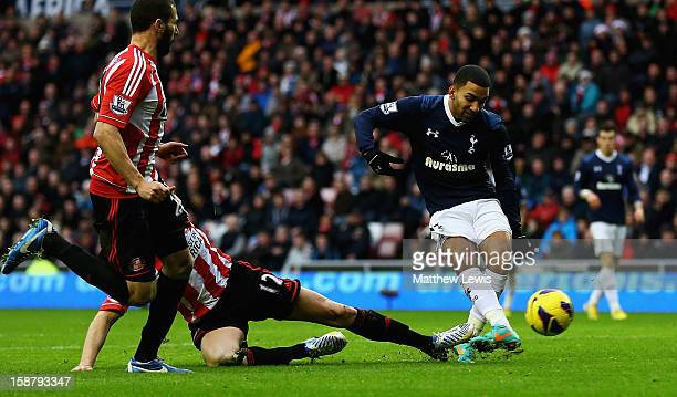 Aaron Lennon of Tottenham scores his teams second goal during the Barclays Premier League match between Sunderland and Tottenham Hotspur at Stadium...