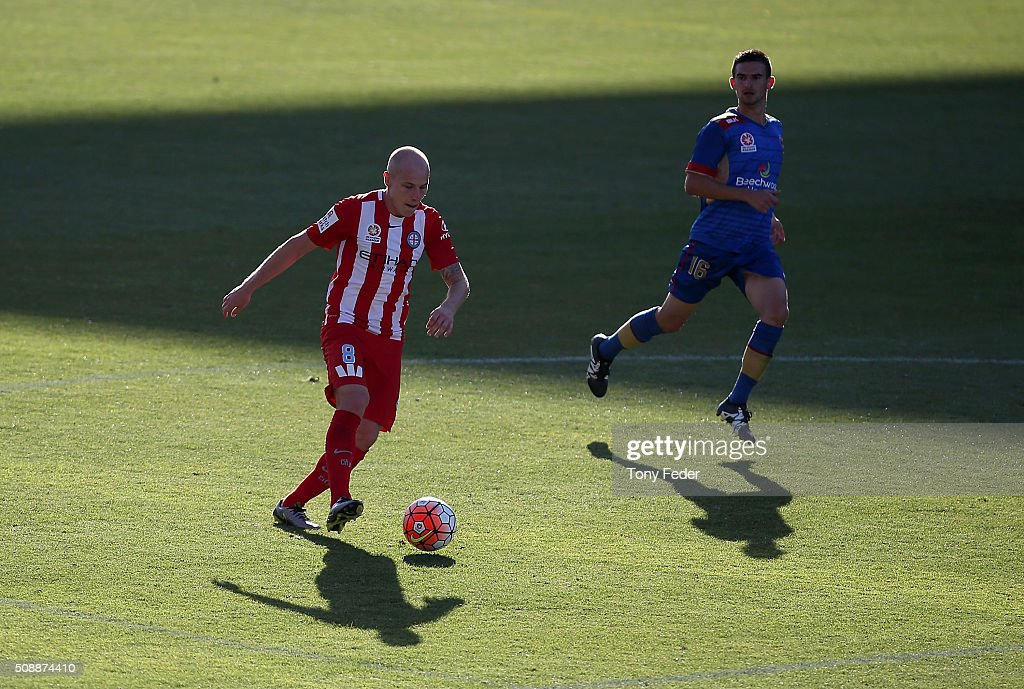 <a gi-track='captionPersonalityLinkClicked' href=/galleries/search?phrase=Aaron+Mooy&family=editorial&specificpeople=6342712 ng-click='$event.stopPropagation()'>Aaron Mooy</a> of Melbourne Victory controls the ball during the round 18 A-League match between the Newcastle Jets and Melbourne City FC at Hunter Stadium on February 7, 2016 in Newcastle, Australia.