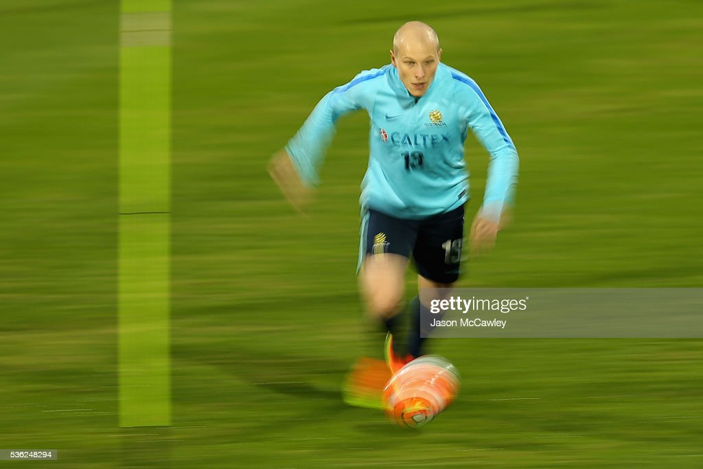<a gi-track='captionPersonalityLinkClicked' href=/galleries/search?phrase=Aaron+Mooy&family=editorial&specificpeople=6342712 ng-click='$event.stopPropagation()'>Aaron Mooy</a> of the Socceroos controls the ball during an Australian Socceroos training session at Leichhardt Oval on June 1, 2016 in Sydney, Australia.