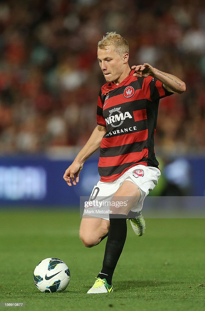 Aaron Mooy of the Wanderers in action during the round eight A-League match between the Western Sydney Wanderers and the Melbourne Victory at Parramatta Stadium on November 24, 2012 in Sydney, Australia.