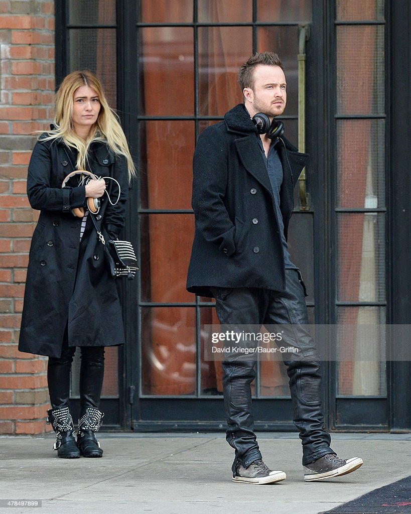 <a gi-track='captionPersonalityLinkClicked' href=/galleries/search?phrase=Aaron+Paul+-+Actor&family=editorial&specificpeople=693211 ng-click='$event.stopPropagation()'>Aaron Paul</a> (R) and his wife <a gi-track='captionPersonalityLinkClicked' href=/galleries/search?phrase=Lauren+Parsekian&family=editorial&specificpeople=6892919 ng-click='$event.stopPropagation()'>Lauren Parsekian</a> are seen on March 13, 2014 in New York City.