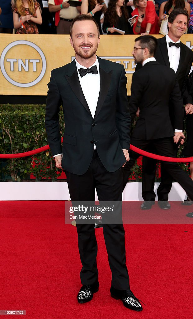 Aaron Paul arrives at the 20th Annual Screen Actors Guild Awards at the Shrine Auditorium on January 18, 2014 in Los Angeles, California.