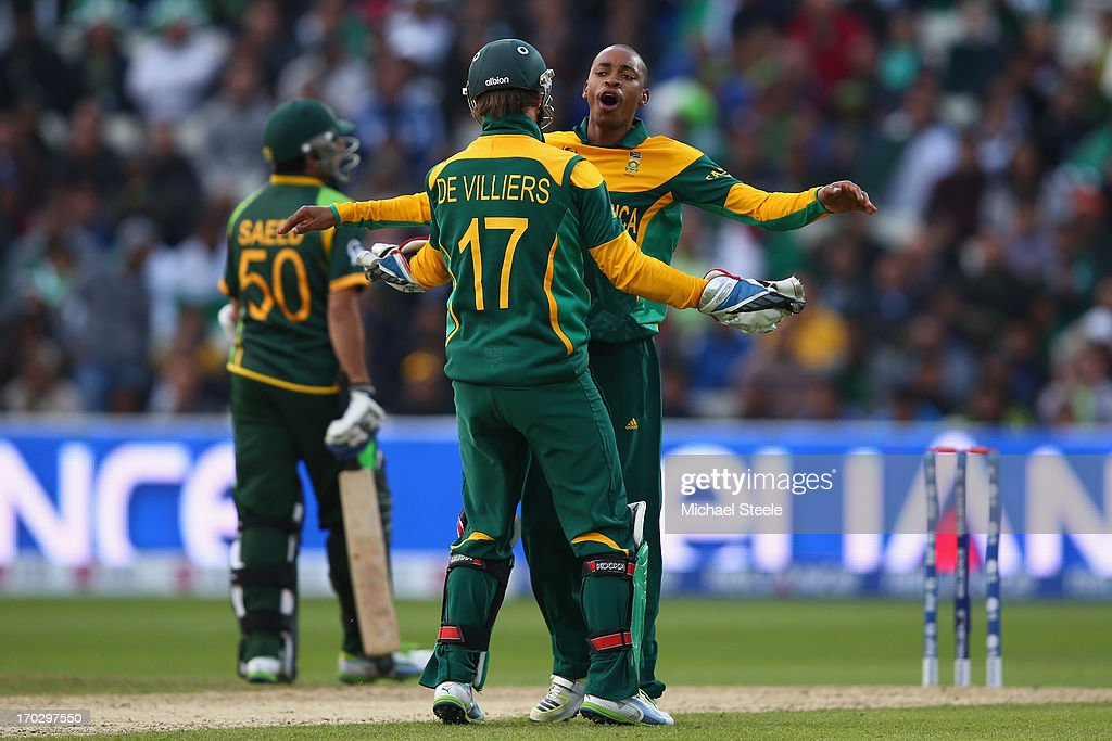 <a gi-track='captionPersonalityLinkClicked' href=/galleries/search?phrase=Aaron+Phangiso&family=editorial&specificpeople=7184692 ng-click='$event.stopPropagation()'>Aaron Phangiso</a> (R) of South Africa celebrates with captain AB de Villiers after taking the wicket of Wahab Riaz of Pakistan during the ICC Champions Trophy Group B match between Pakistan and South Africa at Edgbaston on June 10, 2013 in Birmingham, England.
