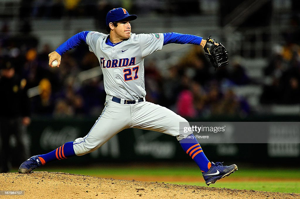 Aaron Rhodes #27 of the Florida Gators throws a pitch against the LSU Tigers during a game at Alex Box Stadium on May 3, 2013 in Baton Rouge, Louisiana.