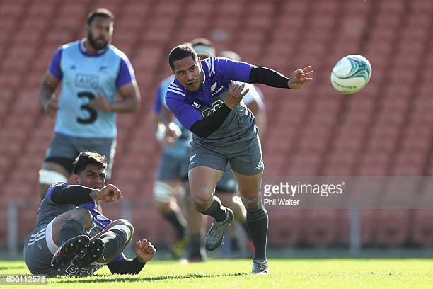 Aaron Smith of the All Blacks passes during the New Zealand All Blacks training session at Waikato Stadium on September 8 2016 in Hamilton New Zealand