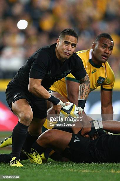 Aaron Smith of the All Blacks passes the ball during The Rugby Championship match between the Australia Wallabies and the New Zealand All Blacks at...