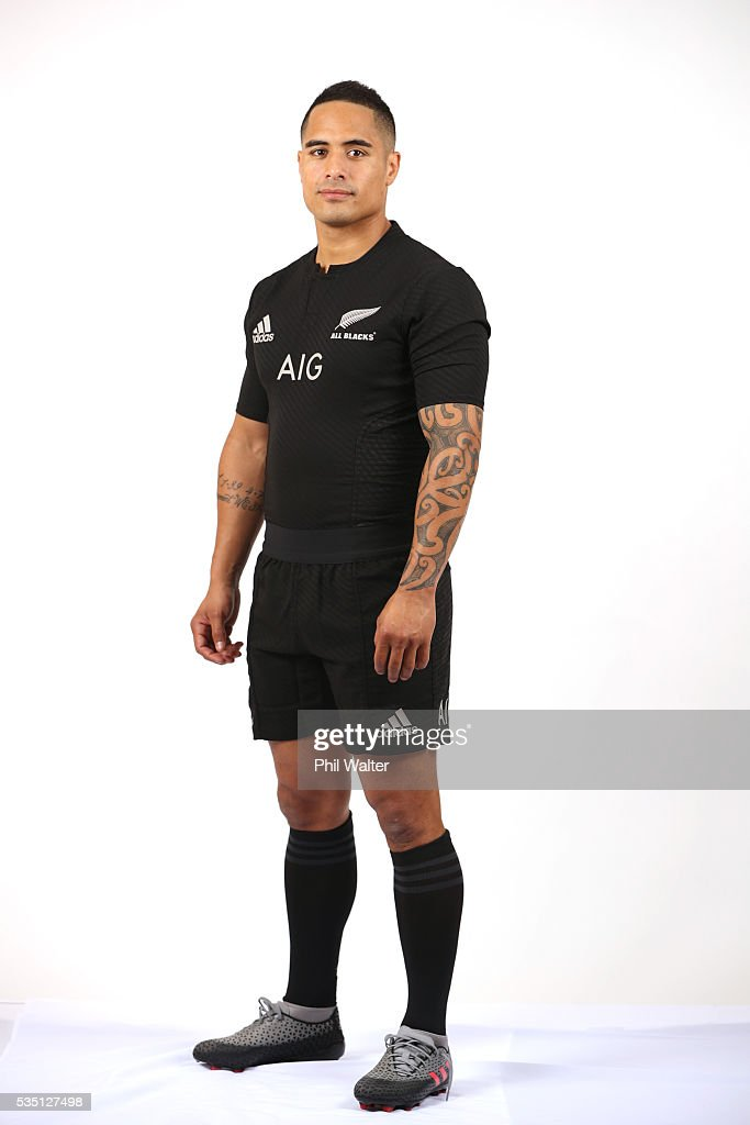 Aaron Smith of the All Blacks poses for a portrait during a New Zealand All Black portrait session on May 29, 2016 in Auckland, New Zealand.