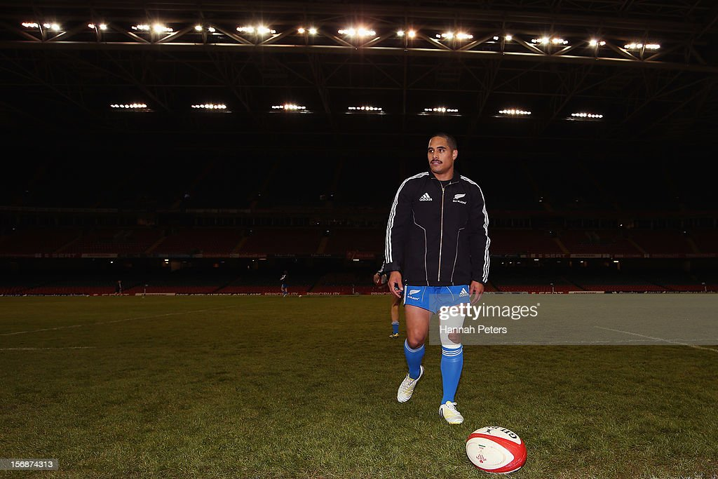Aaron Smith of the All Blacks walks off the ground during a captain's run at Millennium Stadium on November 23, 2012 in Cardiff, Wales.