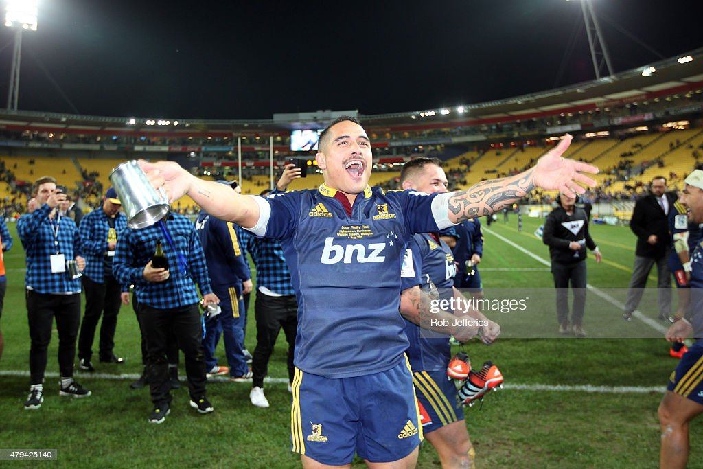 Aaron Smith of the Highlanders celebrate victory in the Super Rugby Final during the Super Rugby Final match between the Hurricanes and the...