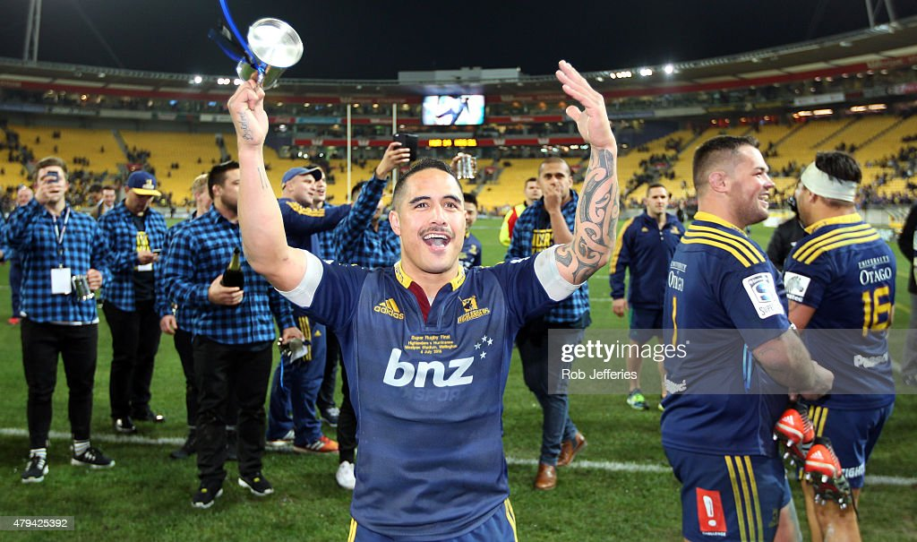 Aaron Smith of the Highlanders celebrates victory after the Super Rugby Final match between the Hurricanes and the Highlanders at Westpac Stadium on...