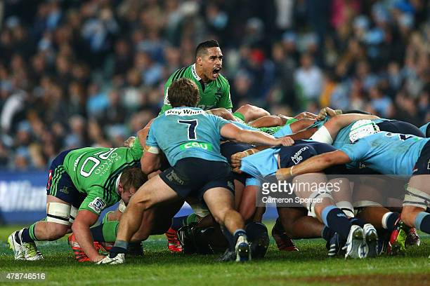 Aaron Smith of the Highlanders shouts at his forward pack during the Super Rugby Semi Final match between the Waratahs and the Highlanders at Allianz...
