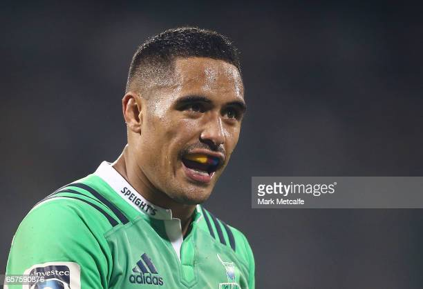 Aaron Smith of the Highlanders talks to team mates during the round five Super Rugby match between the Brumbies and the Highlanders at GIO Stadium on...