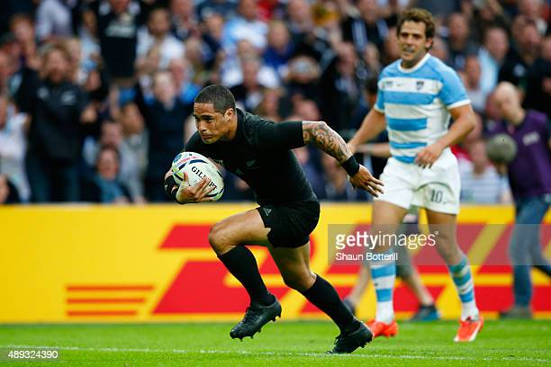 Aaron Smith of the New Zealand All Blacks goes over to score his try during the 2015 Rugby World Cup Pool C match between New Zealand and Argentina...