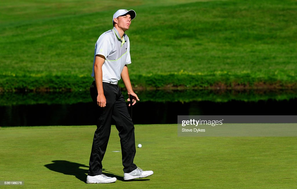 Aaron Wise of Oregon reacts to missing a putt on the 15th hole during round three of the 2016 NCAA Division I Men's Golf Championship at Eugene Country Club on May 31, 2016 in Eugene, Oregon.