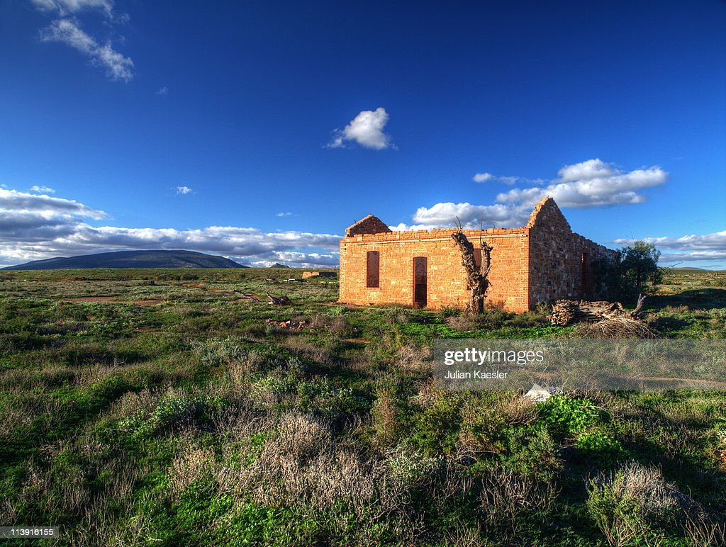 Abandoned homestead australia stock photo getty images for Free homestead