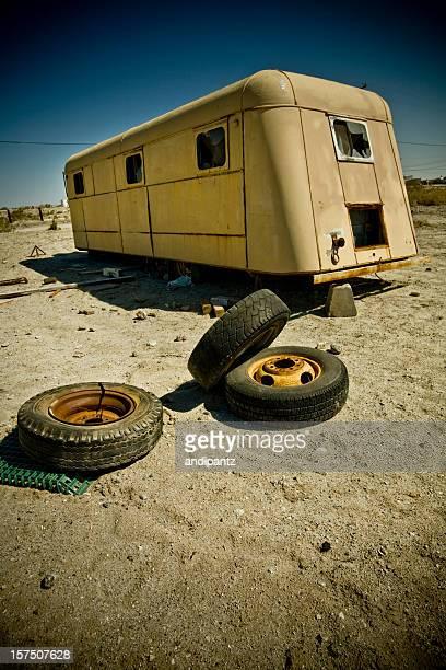 A l'abandon mobile home