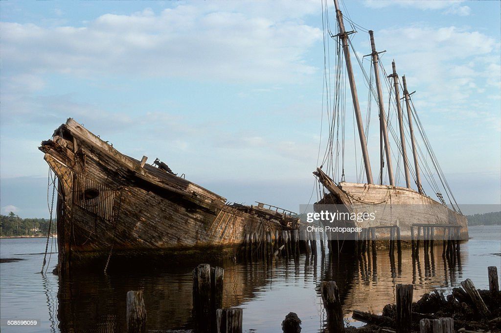 Abandoned sailing ships at Wiscasset Maine 1975 : Stock Photo