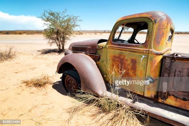 Verlassenen truck in der Wüste
