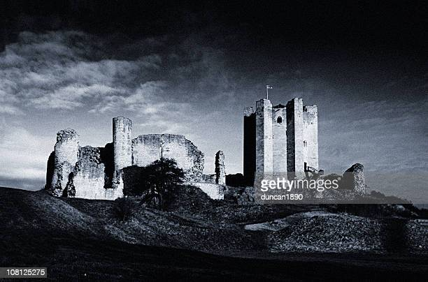 AbandonedConisborough Castle, Black and White