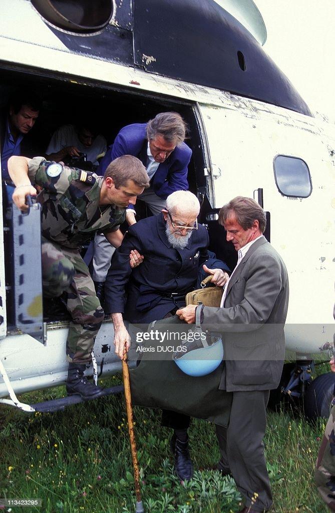 Abbe Pierre And Bernard Kouchner in Sarajevo on July 20th1995