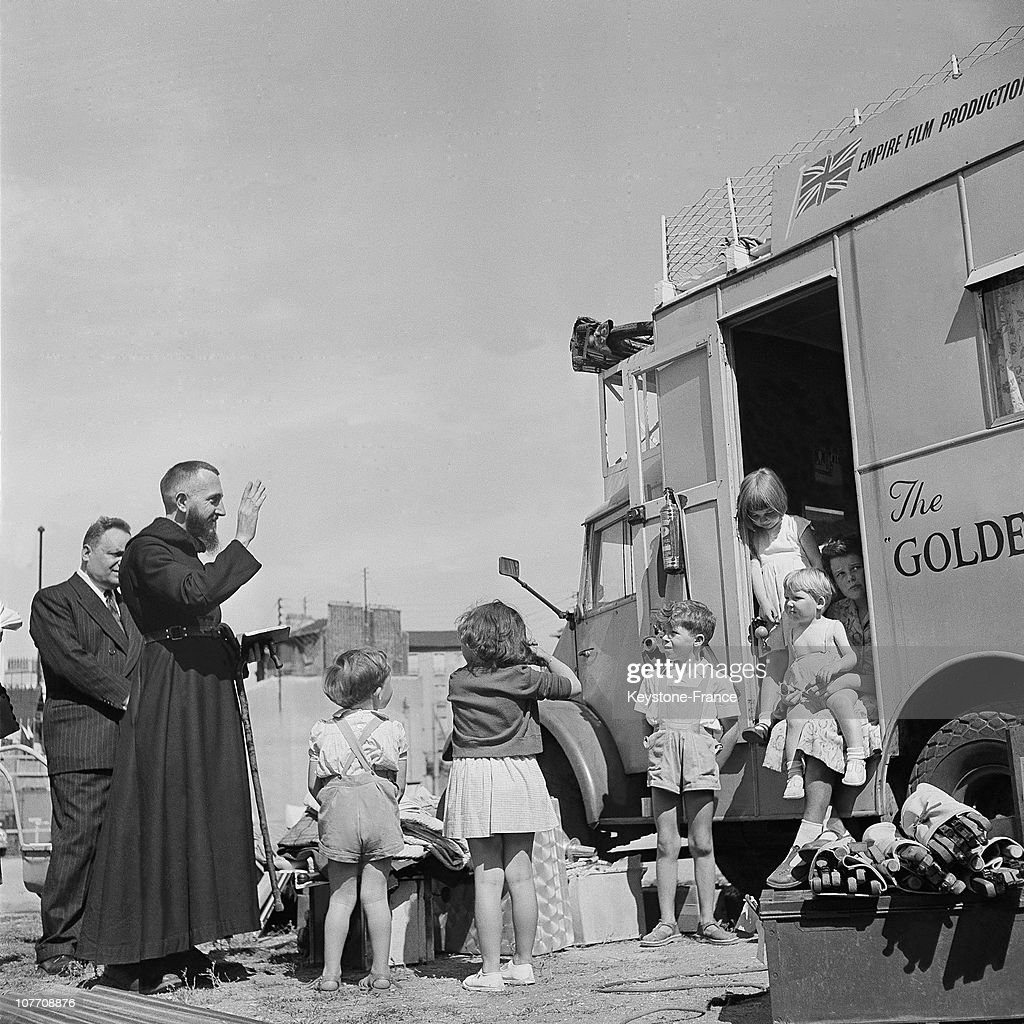 Abbe Pierre Blesses A British Trailer Family Which Going To Make The World Tour On July 25Th 1954.
