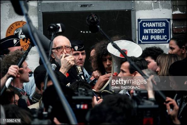 Abbe Pierre Support Homeless People In Paris On September 24th 1993