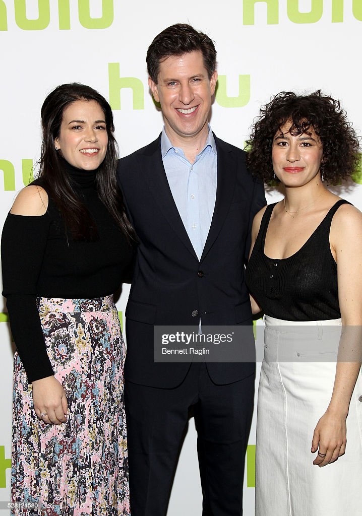 <a gi-track='captionPersonalityLinkClicked' href=/galleries/search?phrase=Abbi+Jacobson&family=editorial&specificpeople=12333694 ng-click='$event.stopPropagation()'>Abbi Jacobson</a> (L) and <a gi-track='captionPersonalityLinkClicked' href=/galleries/search?phrase=Ilana+Glazer&family=editorial&specificpeople=10861068 ng-click='$event.stopPropagation()'>Ilana Glazer</a> (R) of Broad City pose with Hulu SVP Head of Content Craig Erwich (C) at the 2016 Hulu Upftont on May 04, 2016 in New York, New York.