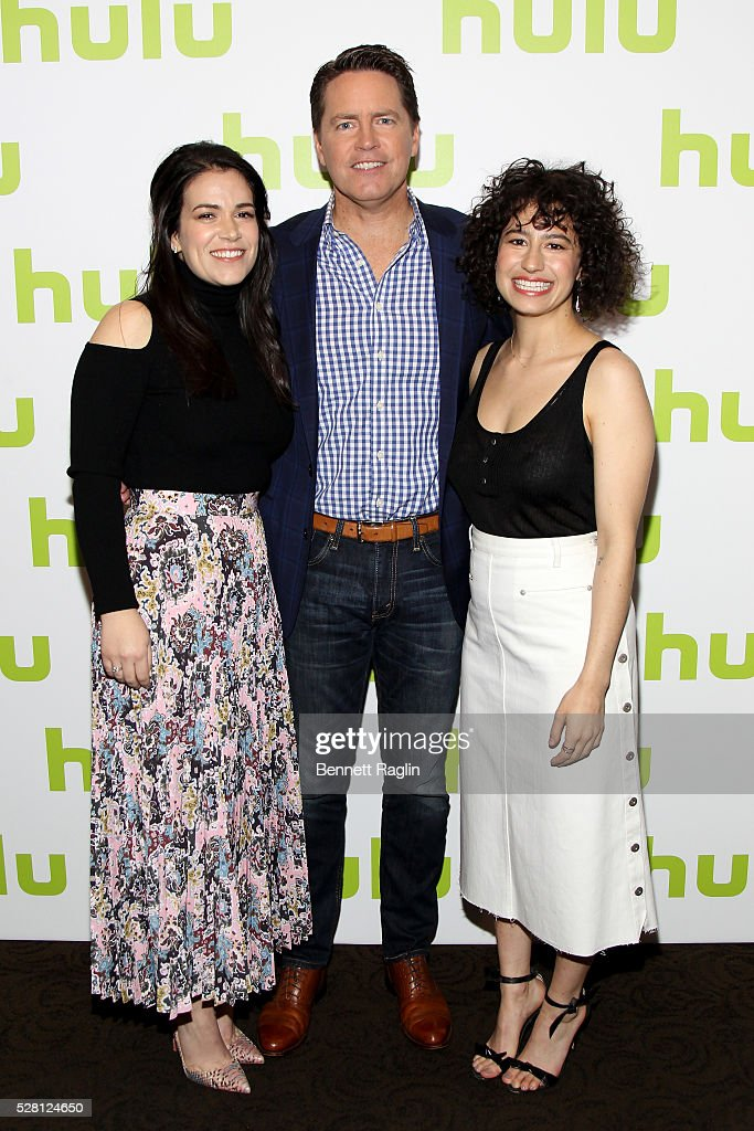 <a gi-track='captionPersonalityLinkClicked' href=/galleries/search?phrase=Abbi+Jacobson&family=editorial&specificpeople=12333694 ng-click='$event.stopPropagation()'>Abbi Jacobson</a> (L) and <a gi-track='captionPersonalityLinkClicked' href=/galleries/search?phrase=Ilana+Glazer&family=editorial&specificpeople=10861068 ng-click='$event.stopPropagation()'>Ilana Glazer</a> (R) of Broad City pose with Hulu SVP of Sales Peter Naylor (C) at the 2016 Hulu Upftont on May 04, 2016 in New York, New York.